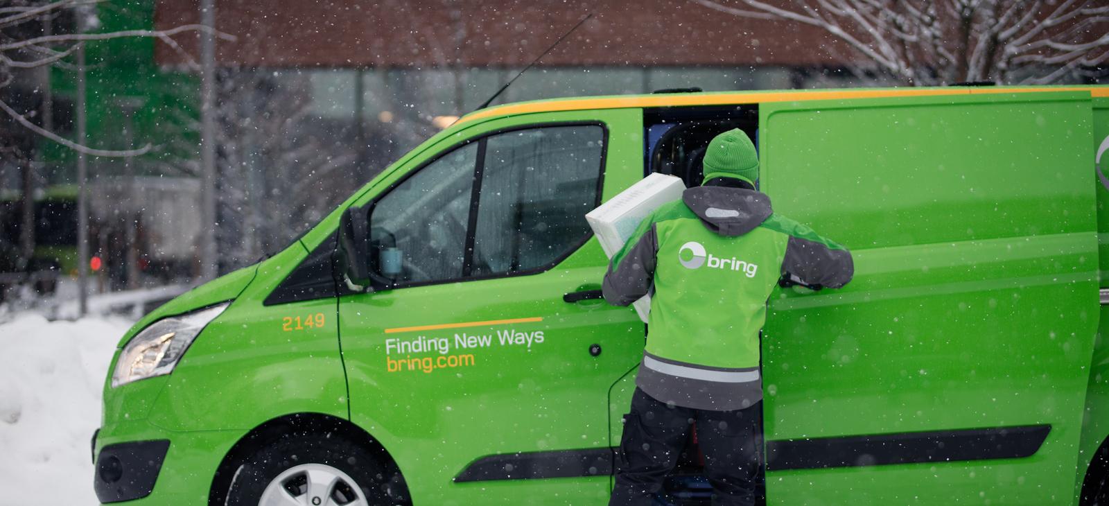 När du skickar paket genom Shiplink är Bring en av de transportföretag som vi använder. Du kan lätt boka in frakt med Bring genom oss. Vi hittar det bästa fraktalternativet till lägsta pris. Dessutom sköter vi allt det praktiska!