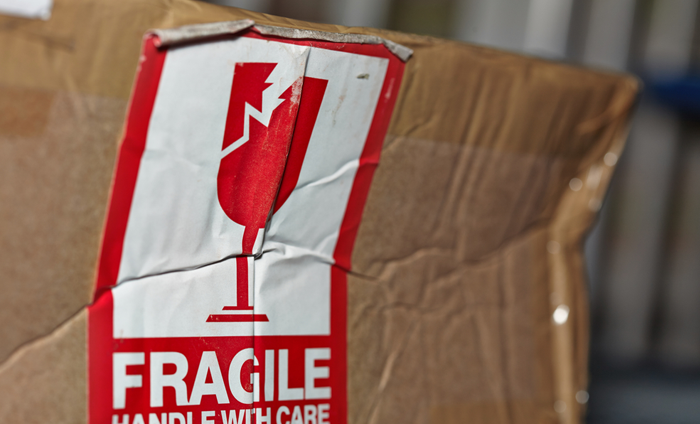 Hur skickar man ömtåligt gods för att undvika skador